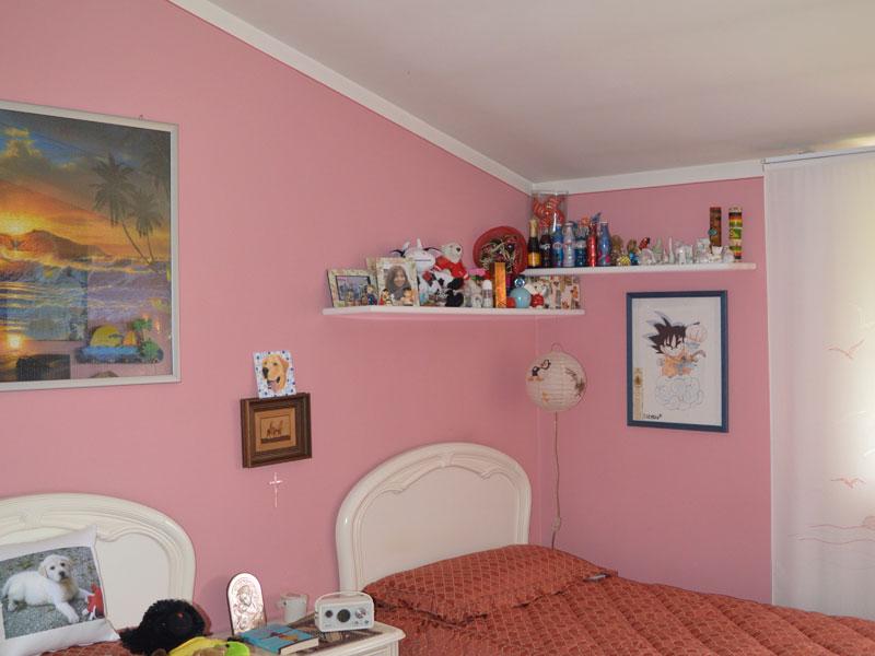 Tinteggiatura camera da letto rosa