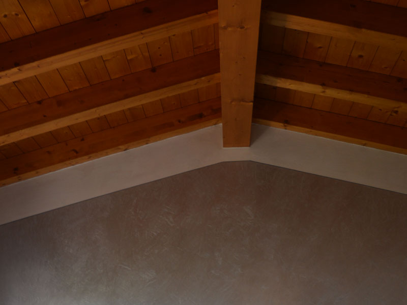 Soffitto Travi Legno Vista: Soffitti in legno antichi immobili mitula.